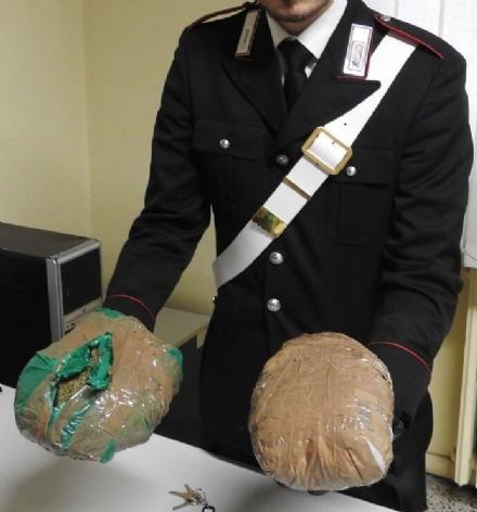 MONCALIERI - Blitz nel deposito della droga: i carabinieri arrestano un trafficante