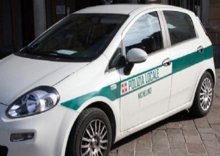 NICHELINO - Scontro in auto in via Torino, un ferito