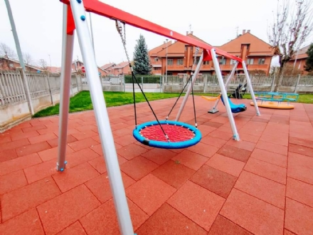 VINOVO - Dopo 40 anni, nuova vita per il giardino di via Carignano