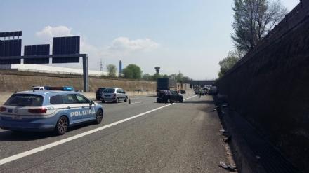 Si schianta col furgone in tangenziale tra Orbassano e Rivoli, morto 56enne