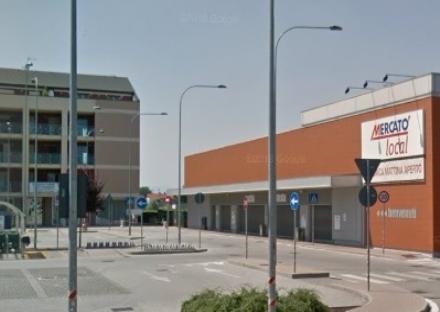 CARIGNANO - Mercatò nel mirino dei ladri: tentato furto della cassaforte