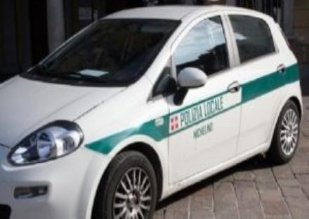 NICHELINO - Ciclista in ospedale dopo un incidente con una Panda