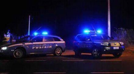 NICHELINO - Rubano televisori e ingaggiano un inseguimento con la polizia