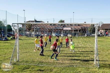 MONCALIERI - Rinasce dopo sette anni il parco giochi di Tetti Rolle