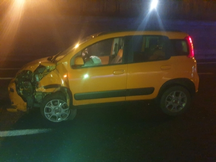 BEINASCO - Incidente in tangenziale nella notte: tre feriti