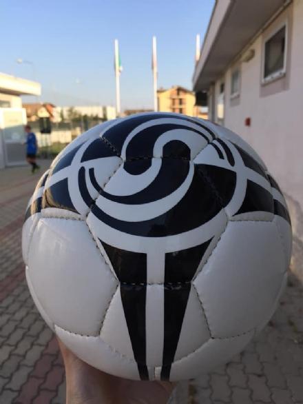 CARMAGNOLA - Il boom del calcio femminile approda a Salsasio: aperta la scuola calcio