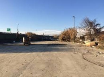MONCALIERI - Il Comune getta le basi per creare un parcheggio di interscambio dove cerano i nomadi