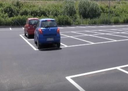 MONCALIERI - Aperto il nuovo parcheggio di strada Brandina