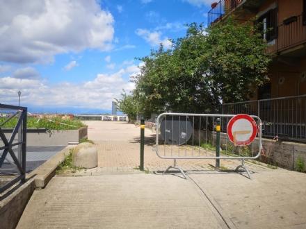MONCALIERI - Stop alla malamovida in piazzale Aldo Moro: transenne e cinema per famiglie