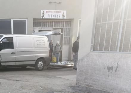 MONCALIERI - Malore mentre si allena in palestra: muore 57 enne