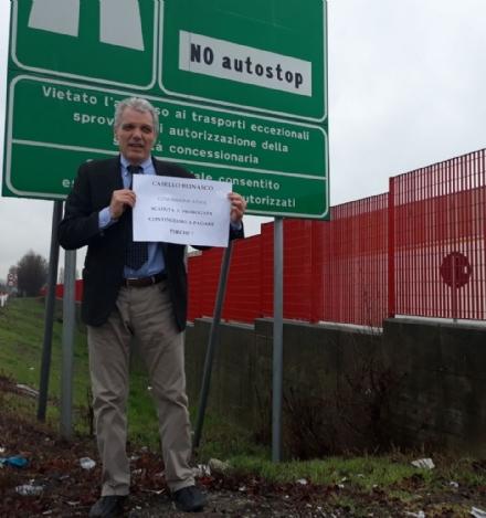 RIVALTA - La protesta del sindaco De Ruggiero sul casello di Beinasco