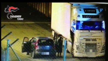 CRONACA - I carabinieri arrestano 8 rom per furti su tir e in aziende durante il lockdown: colpivano in cintura sud