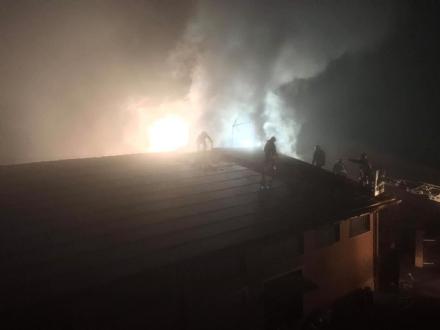 """NICHELINO - Incendio devasta il tetto del """"Giardino dei Sapori"""""""