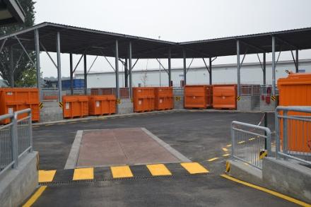 RIFIUTI - La Regione: Chiudere i centri di raccolta comunali
