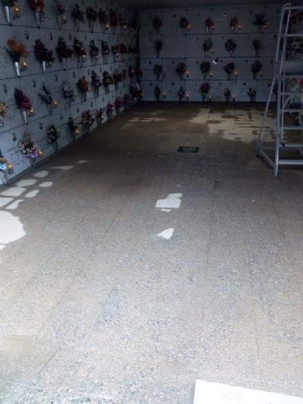 TROFARELLO - Con le piogge dei giorni scorsi torna il problema allagamenti nel cimitero