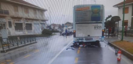 BRUINO - Motociclista grave in ospedale dopo scontro con autobus