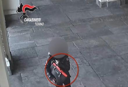 ORBASSANO - Rubavano le borse alle fedeli in chiesa: arrestati