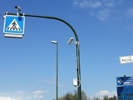 RIVALTA - Nuove telecamere per il controllo del traffico in strada San Luigi