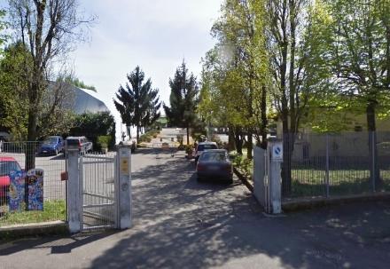 NICHELINO - Ladri alla bocciofila di via Giacosa: per ben 10 euro
