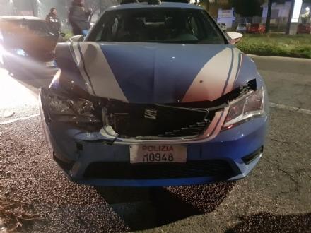 MONCALIERI - Inseguimento a folle velocità: sei poliziotti feriti. Il sindacato chiede una pena esemplare per il 39enne arrestato