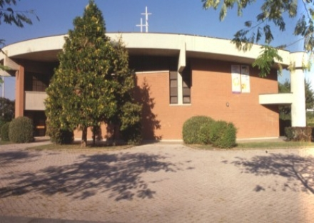 PIOSSASCO - Rubano in parrocchia durante la messa: bottino di 6 mila euro