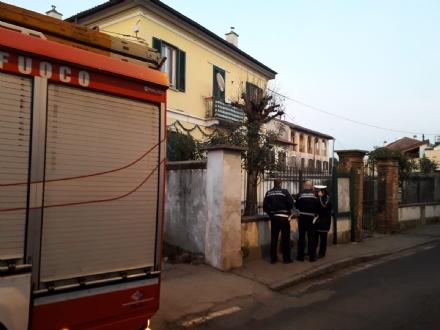 MONCALIERI - Cadavere in decomposizione scoperto dai vigili in borgata Tagliaferro