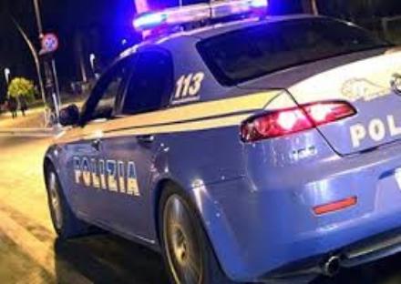 NICHELINO - Arrestati dalla polizia due spacciatori in via Juvarra