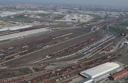 Firmato protocollo Regione-Rfi per potenziamento traffico merci su rotaia: cè anche lo scalo di Orbassano
