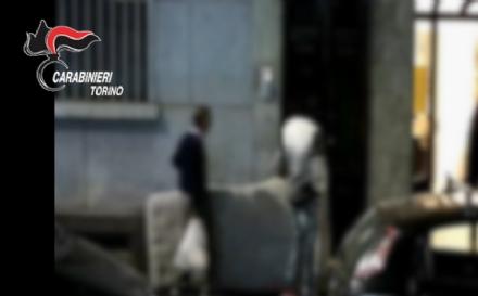 CRONACA - Smantellata la banda che gestiva traffico di esseri umani. Coinvolto un legale di Trofarello