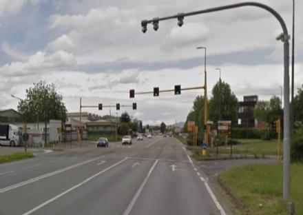 ORBASSANO - Entro fine mese le nuove telecamere su via Torino per i semafori