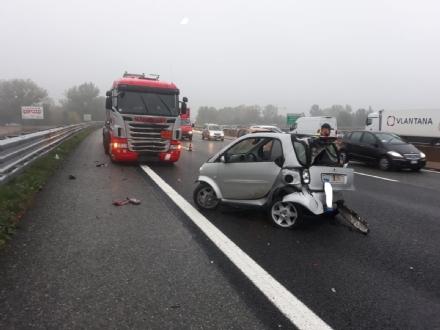 RIVALTA - Ennesimo incidente in tangenziale: 33enne in prognosi riservata - FOTO