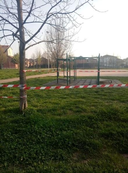CORONAVIRUS - Il Governo segue i Comuni: parchi chiusi e stop alle lunghe passeggiate