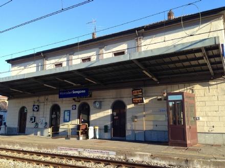 MONCALIERI - Furto di rame alla stazione Sangone: treni nel caos