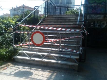 MONCALIERI - Chiusa per sicurezza la passerella di via Robaldo