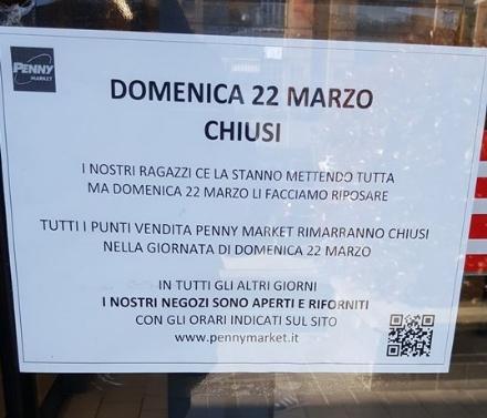 CORONAVIRUS - Ora i supermercati riducono gli orari: stop a chi si diverte ad andare tre volte al giorno