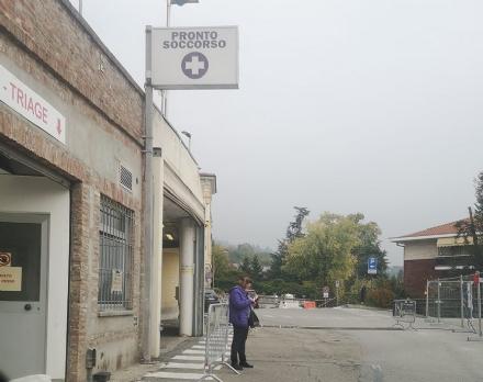 MONCALIERI - Le si incastra lanello nel dito, in ospedale arrivano i vigili del fuoco