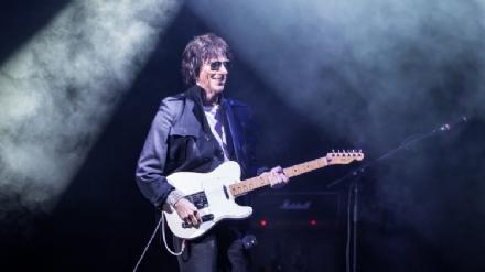 NICHELINO - Conto alla rovescia per linizio di Stupinigi Sonic Park: Jeff Beck il 25 giugno