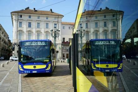 NICHELINO - Presentati i nuovi bus Gtt: saranno utilizzati per la linea 35