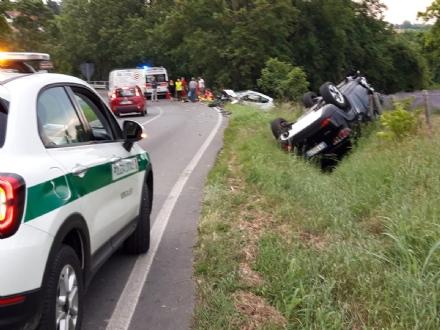 MONCALIERI - Grave incidente su strada Pecetto: cinque feriti, due bambini