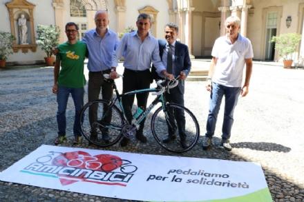 LA LOGGIA - Due loggesi nel gruppo che raggiungerà Barcellona in bicicletta per beneficenza