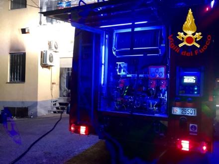 CARMAGNOLA - Principio di incendio nella notte allex mattatoio