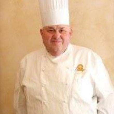 MONCALIERI - Un malore stronca Mario Albano, storico chef del ristorante Ca Mia