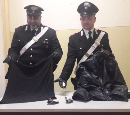 ORBASSANO - Cosparge di benzina il debitore e minaccia di dargli fuoco: arrestato dai carabinieri