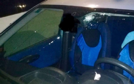 TORINO SUD - Due Nichelinesi colpiti da un sasso lanciato su corso Unità, mentre erano in auto
