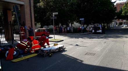 NICHELINO - Grave incidente in via Damiano Chiesa: 38enne in prognosi riservata
