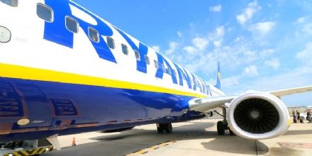 CONSUMATORI - Aducon stila il vademecum per chi deve chiedere i rimborsi Ryanair
