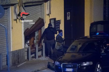 MONCALIERI - I carabinieri arrestano la banda delle spaccate