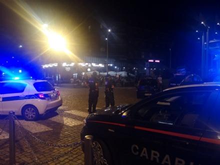 NICHELINO - Controlli di carabinieri e polizia locale sulla malamovida