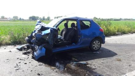 MONCALIERI - Pauroso incidente sulla direttrice per Carmagnola, 35 enne in prognosi riservata