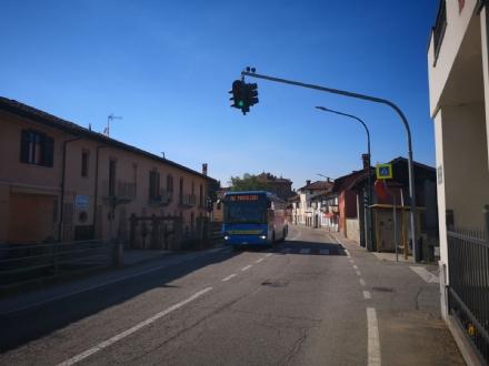 VIRLE - Scoperti cittadini che avevano telecomandi per regolare il semaforo di via Vado